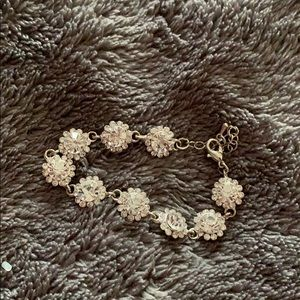 Jewelry - Flower diamond bracelet